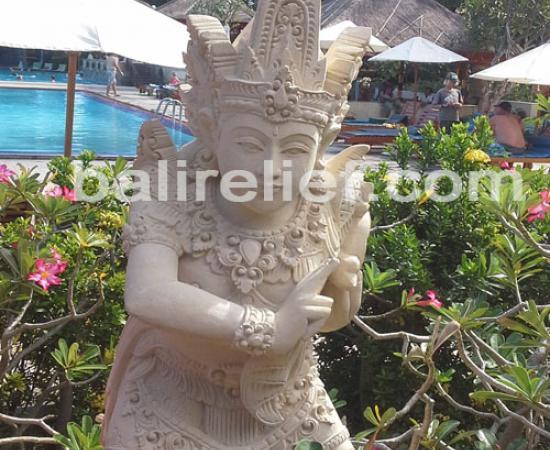 Statue SA-005