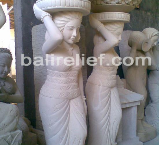 Statue SA-003
